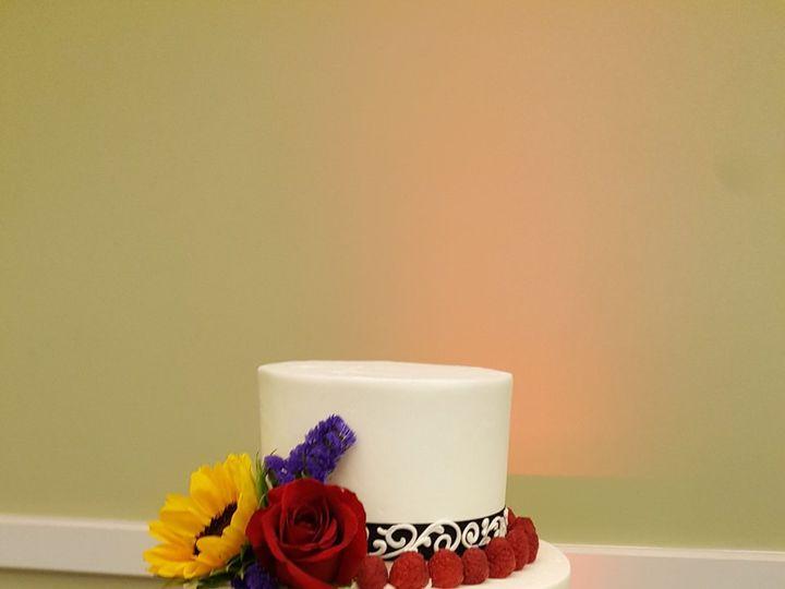 Tmx 1517235223 Cc99f84fb05be923 1517235221 1ff25099716c1155 1517235219090 16 20170826 151723 Barre wedding cake