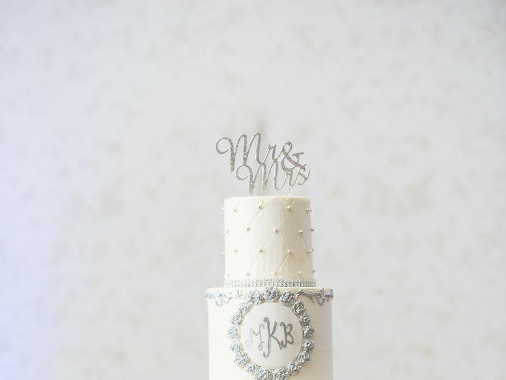 Tmx 1486263847915 Lake Mary Events Center Wedding   Jamie Reinhart P Sanford wedding cake