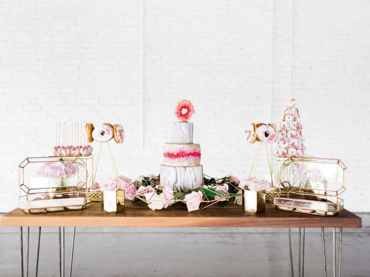Tmx 1502319125238 Disk 106 Of 252 Sanford wedding cake