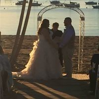 Beach wedding for Dan and Ashley at Anthony's Ocean View