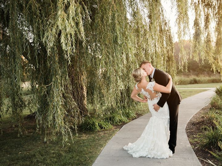 Tmx 69555878 1715309761935850 5143710223042609152 O 51 690808 1571841492 Germantown, WI wedding venue