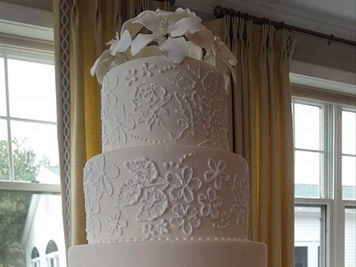 Tmx 1531149007 730da34215a2da9b 1531149006 A74ac013e8c912a7 1531148989863 2 1526428 1015392934 Brockton, MA wedding cake