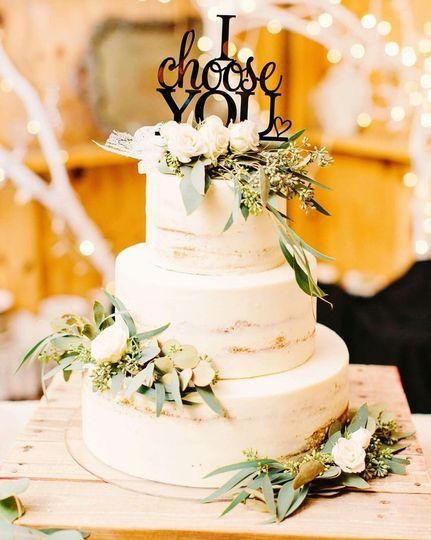 Treats & Sweets Cakery - Wedding Cake - Daytona Beach, FL - WeddingWire