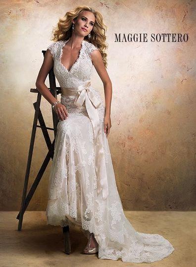 Uptown Gowns Dress Amp Attire Columbus Ga Weddingwire