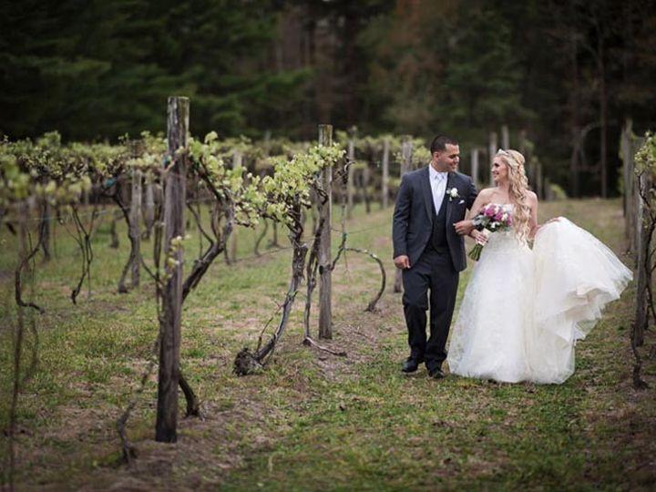 Tmx Wedding Couple Vineyard 3 51 2908 157790784698982 Egg Harbor City, NJ wedding venue
