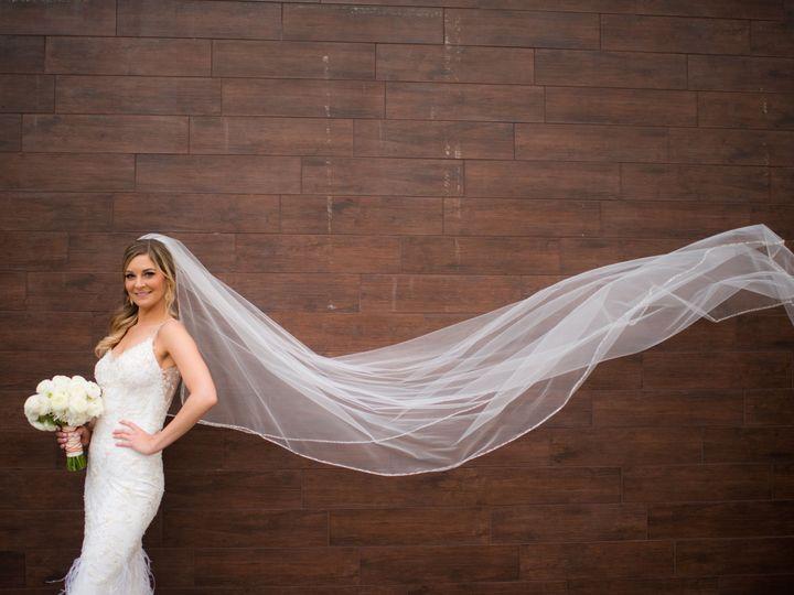 Tmx 1530296369 Ac8d43d62501d993 1530296365 15a0cd7a11c4bb3a 1530296362083 9 Renee Paul.NewRoad Austin, TX wedding photography