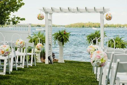 BoatHouse Ceremony Lakefront