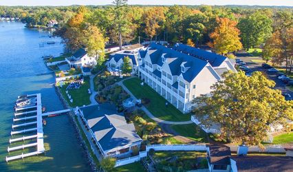 Bay Pointe Inn and Terrace Grille 1