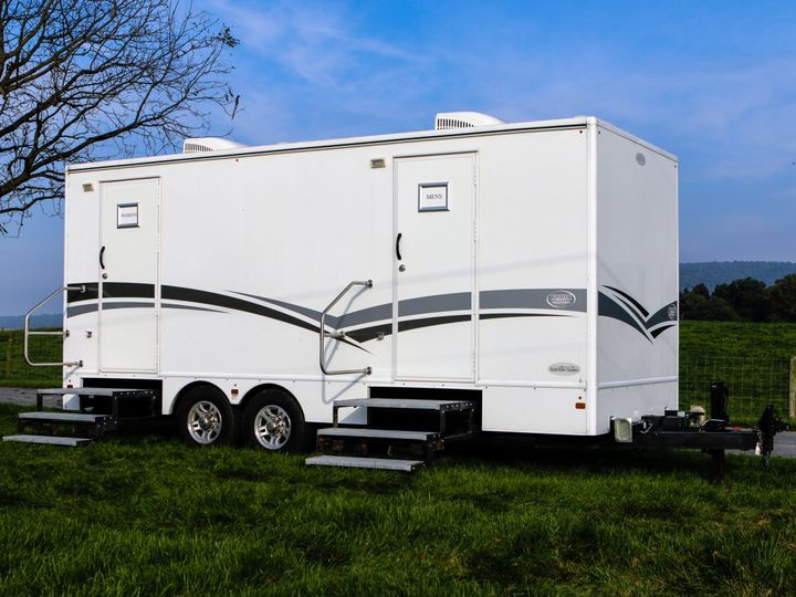 Tmx Walters Services Trailer 18 2 Exterior Angle 51 986908 Grantville, Pennsylvania wedding rental