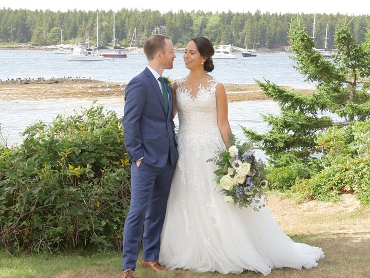 Tmx 00437 00 00 45 12 Still004 51 172018 Portland wedding videography