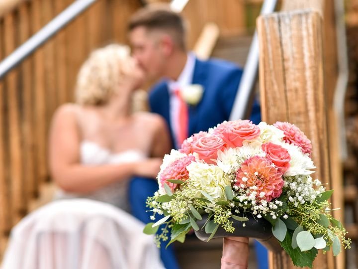 Tmx 1519315452 7d5ac9b0e13727f1 1519315449 D5503136b440a9ae 1519315433356 7 C 0236 Estes Park, Colorado wedding florist