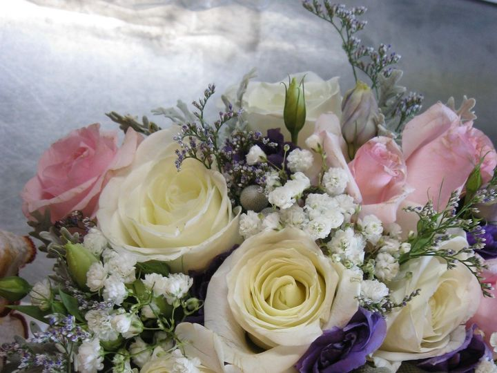Tmx 1519315471 Baea4acc7bda7cb7 1519315467 122a08956261364c 1519315433374 16 IMG 2808 Estes Park, Colorado wedding florist