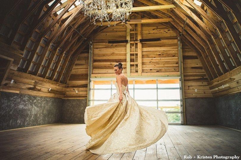 Bride portrait in Cliffside Barn