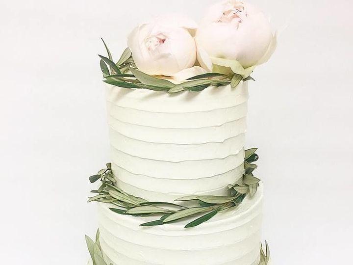 Tmx 1528738186 Afd7050588121eba 1528738185 65d99bc458117ab3 1528738181706 11 32160845 16263291 Burbank wedding cake