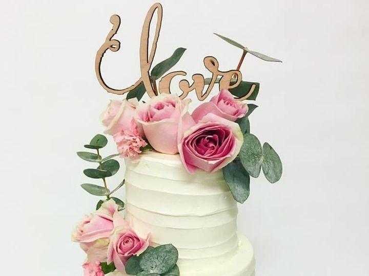 Tmx 1528738371 63e03f602b5fd4e2 1528738370 6bef9614b62c3a6a 1528738369370 16 17951867 12685929 Burbank wedding cake