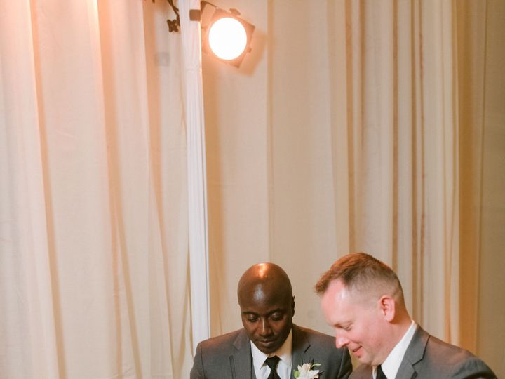 Tmx Terranea Resort Wedding H M686 51 495018 1558728925 Burbank wedding cake