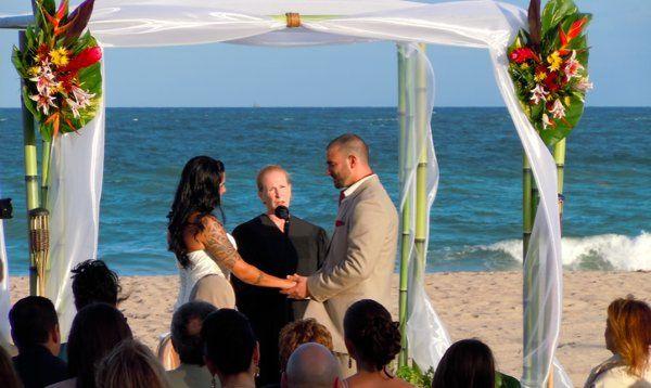 Arc.Divine.com Tahitian Bamboo weddigg canopy / chuppah,Marriott Harbour Beach, Ft Lauderdale FL