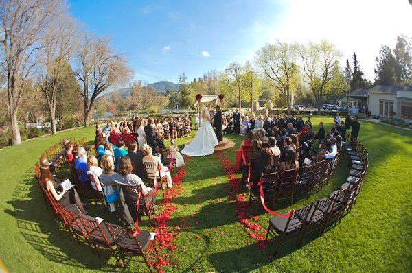 a beautiful outdoor wedding in the round