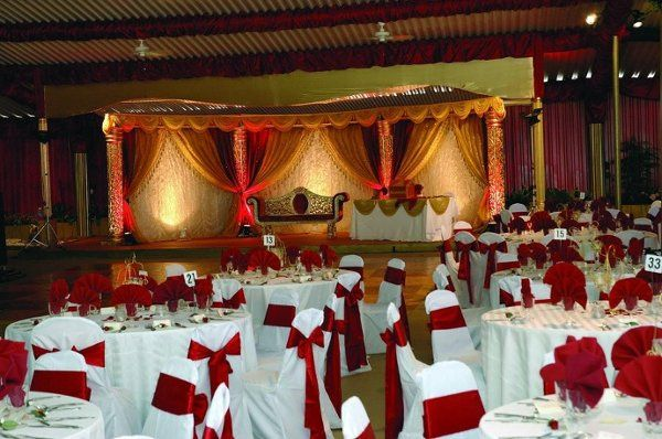 Our Indoor Areas can accomodate up to 1000 people.