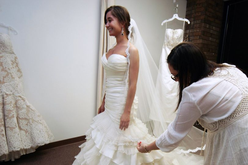 Laura's Couture & Alterations