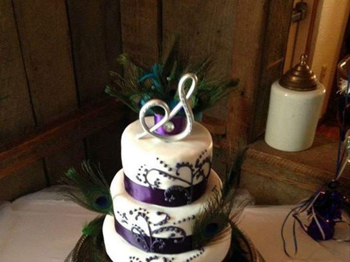 Tmx 1436989275977 Peacock Swirls White Marsh, MD wedding cake