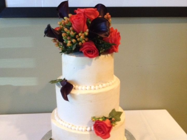Tmx 1436989339179 Small Beauty White Marsh, MD wedding cake