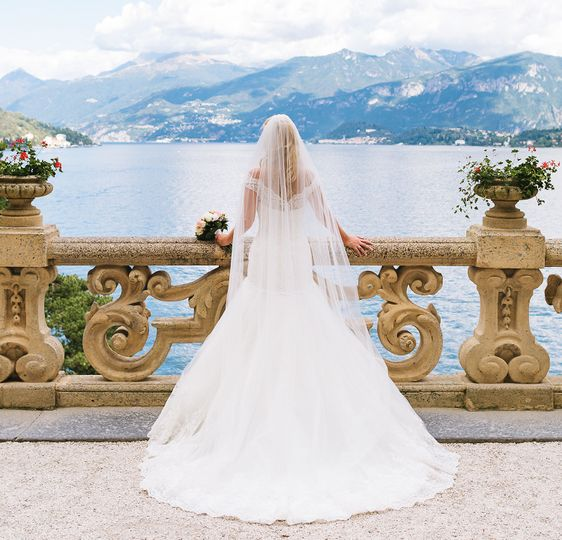 91172385877dbb22 Bride at her Lake Como wedding on Lake Como Villa Balbianello