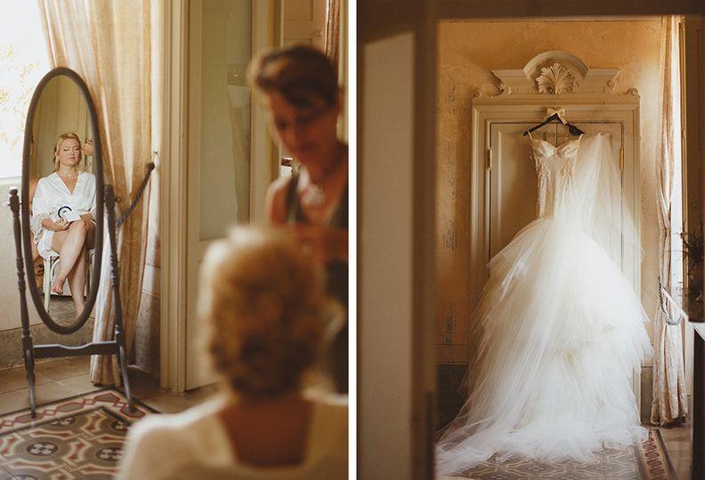 lake como wedding bride getting ready with make up
