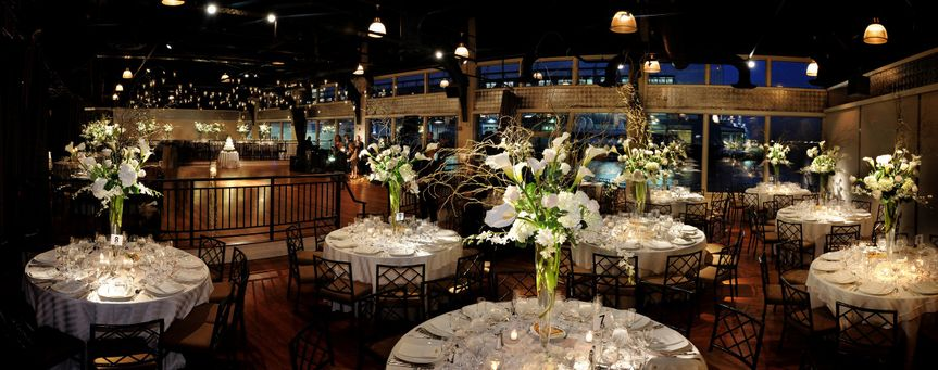 A round table reception