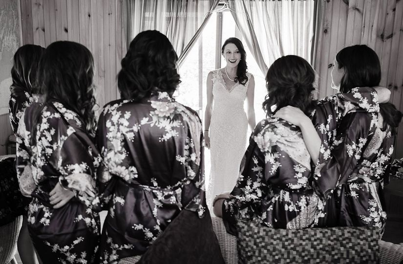 Bride with her bridesmaids - Carl Walsh Weddings