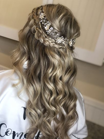 Key west hairstyles half up