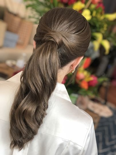 Hairstyle ponytail