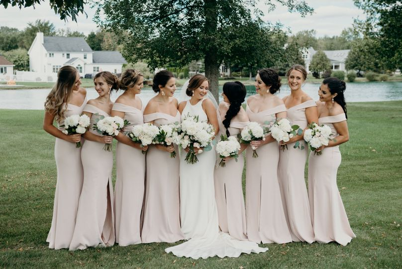 Garden weddings | Photo by Lydia Maybee