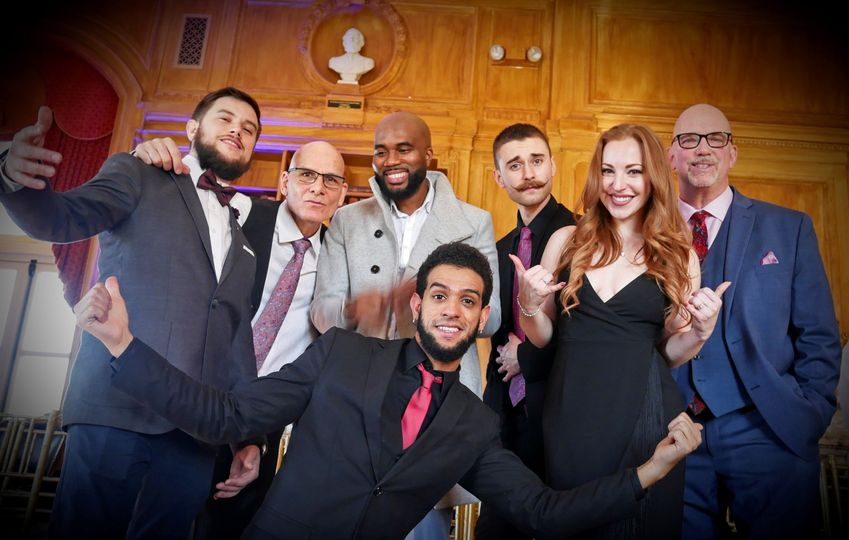 The vibe nyc wedding band at oheka castle