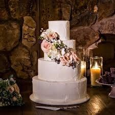 fantasy frostings wedding cake rustic calamigos