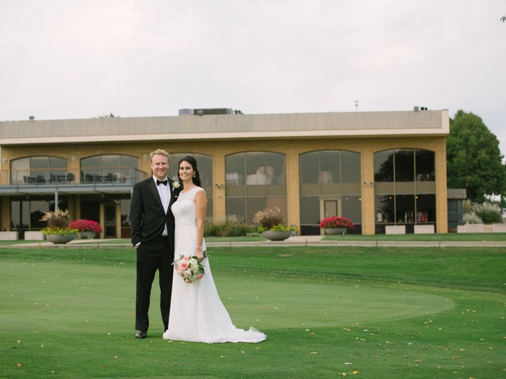 Tmx Becky Kinney Favorites 0012 51 743218 161237119117238 Van Meter, IA wedding planner