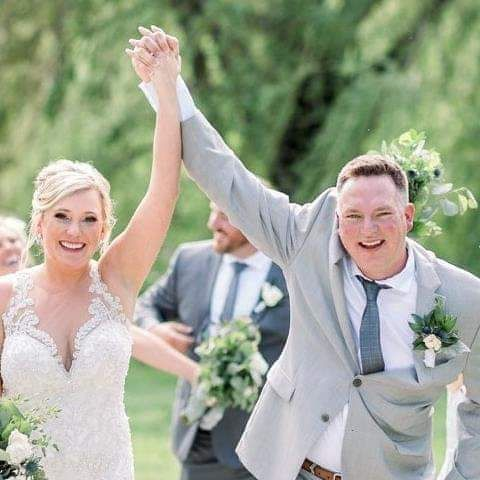 Tmx Fb Img 1600808151789 51 743218 161237125229025 Van Meter, IA wedding planner