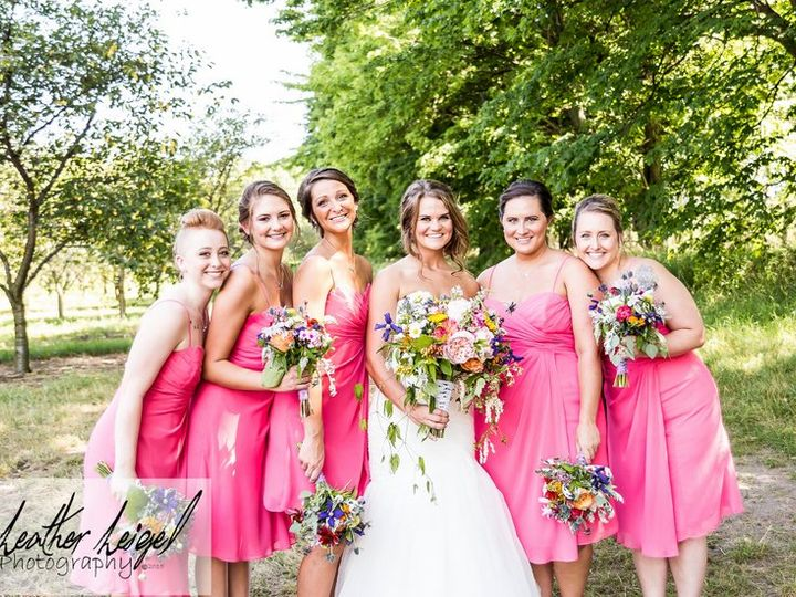 Tmx 1 Bridesmaids 4 51 115218 Muskegon, MI wedding florist