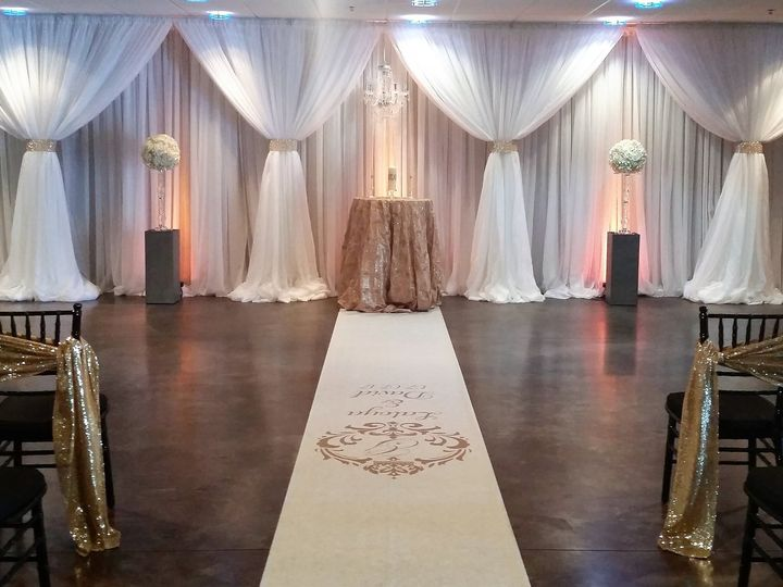 Tmx 17 51 115218 Muskegon, MI wedding florist