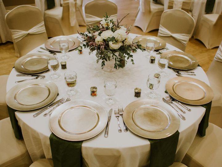Tmx Andyamber 792 51 115218 Muskegon, MI wedding florist