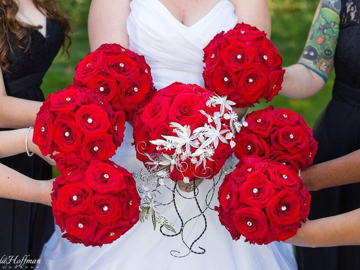 Tmx Trillium Events Wedding Michigan Red Black 008 51 115218 Muskegon, MI wedding florist