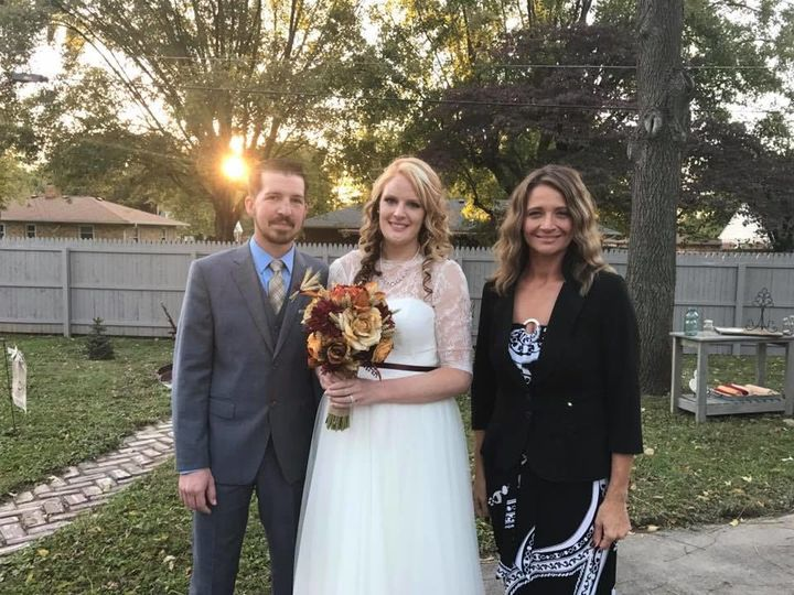 Tmx 1524666602 59916e4b132c29bc 1524666601 D16d13e5504c65ff 1524666597974 1 ADD 2 Greenwood, IN wedding officiant