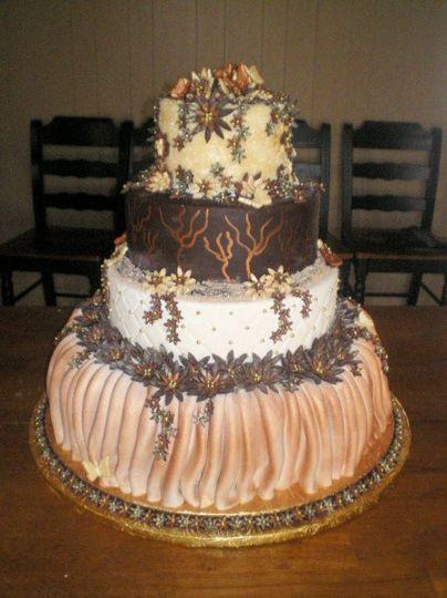 fondant skirted wedding cake
