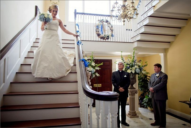 800x800 1381117160629 bride descending staircase