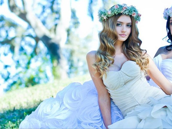 Tmx Editorial Two Models 51 739318 1562622323 Tampa, FL wedding dress