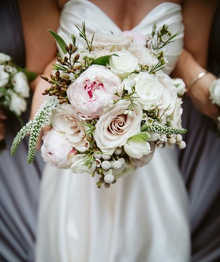 Bridal bouquet in neutral and blush tones: Adam & Dawn Photography