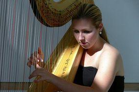 Cara Fleck, harpist