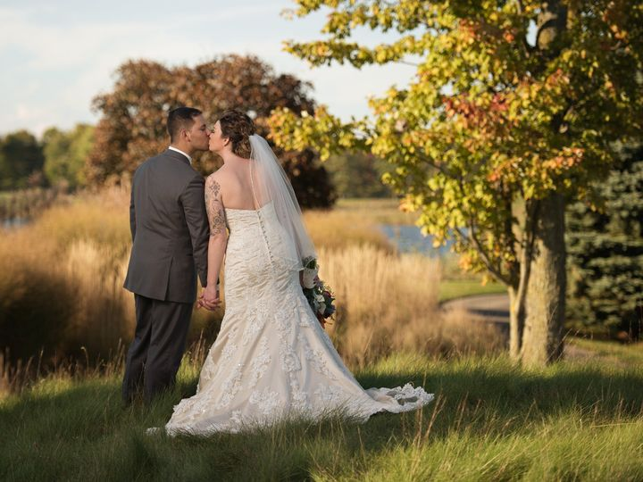 Tmx Fyp Wedding Couple Scott 51 29418 160216894020586 Smiths Creek, MI wedding venue