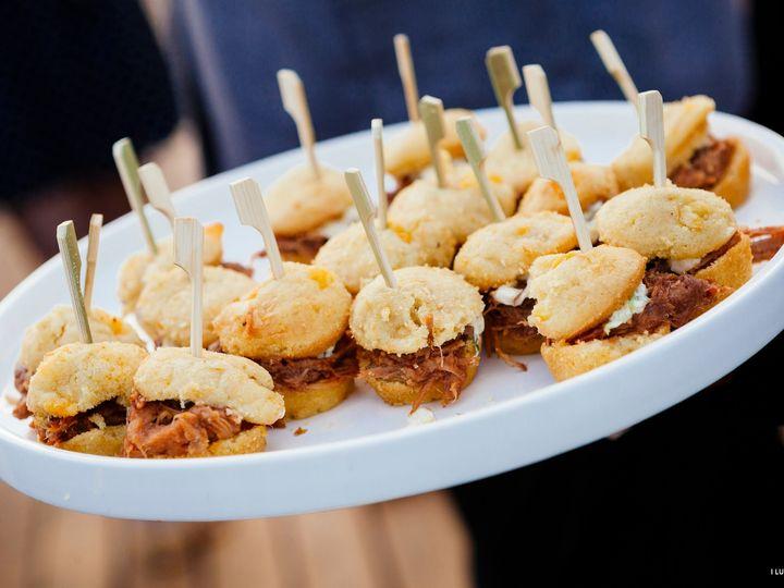 Tmx Iluvphoto Apps 51 129418 1564769142 Elk Grove Village, IL wedding catering