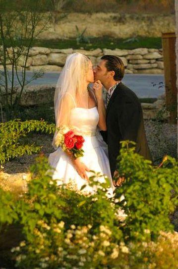 Newlyweds kising